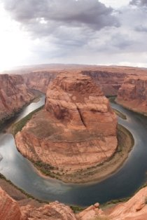 places-to-visit-in-arizona-03; horseshoe bend colorado river