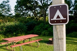 iowa-state-parks-01; picnic area with camp sign