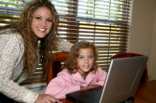online-homeschool-programs-02; woman and girl on computer