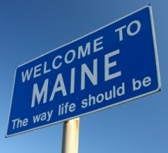 maine-state-taxes-01;welcome sign of usa state maine