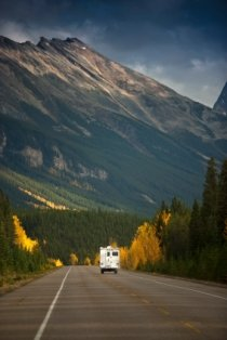 rv-motorhome-insurance-02; rv motorhome on the open road