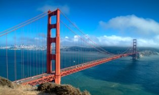 tourist-attractions-in-california-03; the golden gate bridge with san francisco in the background